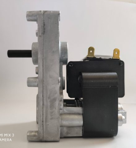 MOTORIDUTTORE stufa pellet serie T3 FB1271 4 rpm diam albero 9,5 mm pacco 32 mm